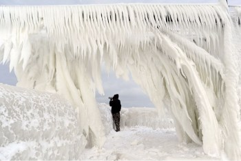 frozen michigan pier
