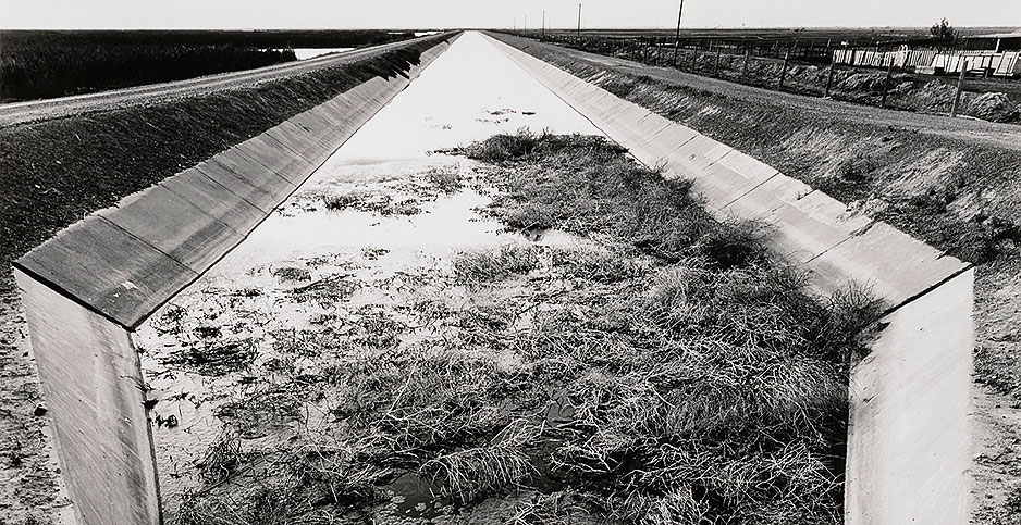 San Luis Drain. Photo credit: Robert Dawson/Smithsonian American Art Museum