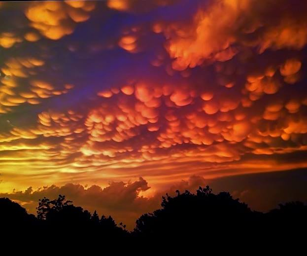 View larger. | Pam Rice Phillips caught the same mammatus clouds as in the first image, above, on May 20, 2013. She's in Granbury, Texas, which is southwest of Ft. Worth. Thank you, Pam.