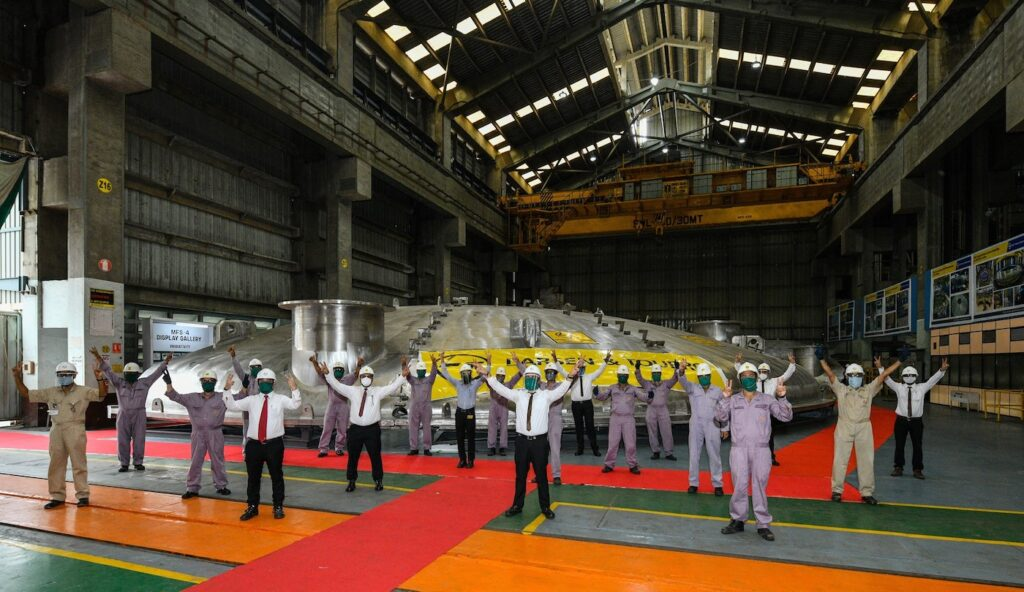 ITER workers unveil lid in 2020