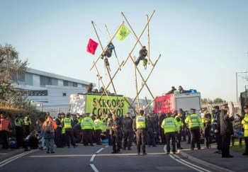 extinction rebellion newspaper blockade